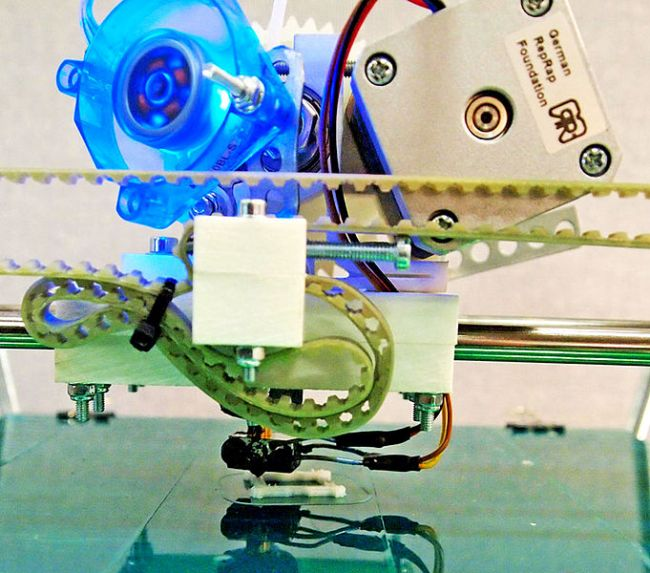 Ingenious 3D Printer