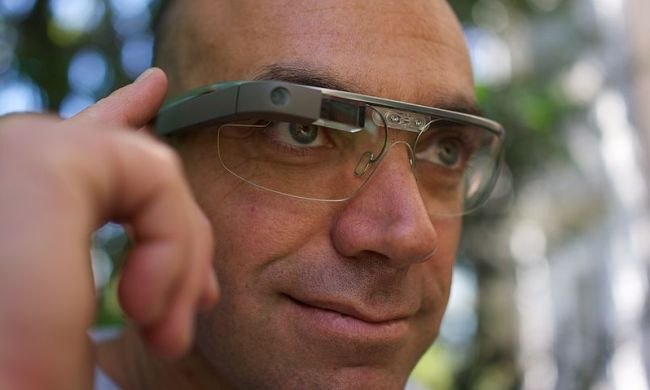 By Loic Le Meur (Flickr: Loic Le Meur on Google Glass) [CC-BY-2.0 (http://creativecommons.org/licenses/by/2.0)], via Wikimedia Commons