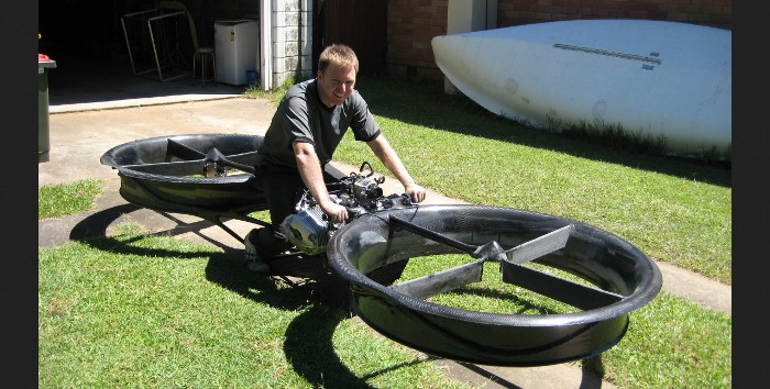 Screenshot of the photo gallery of the official Hoverbike website (http://www.hover-bike.com/)