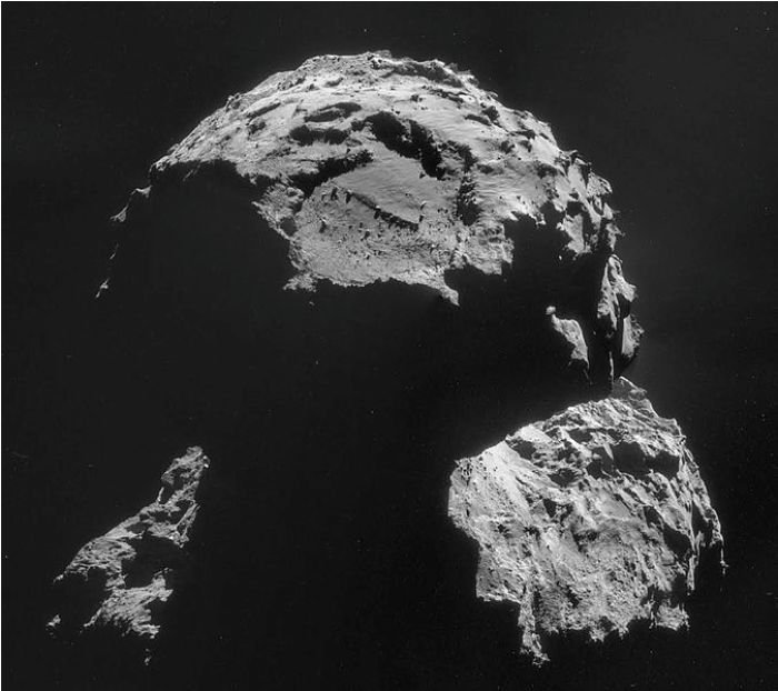 ESA/Rosetta/NAVCAM, CC BY-SA IGO 3.0 [CC-BY-SA-3.0-igo (http://creativecommons.org/licenses/by-sa/3.0-igo)], via Wikimedia Commons