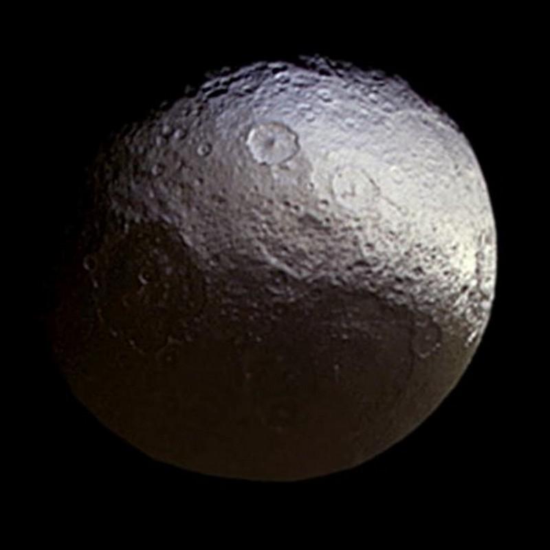 Image credit: NASA/JPL-Caltech/Space Science Institute [public domain]