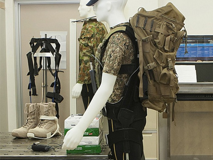Photo of the actual DSTO Operation Exoskeleton worn by a mannequin Image credit: DSTO Media Centre