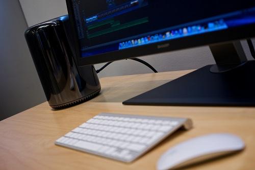 Wikimedia_Mac_Pro_desktop