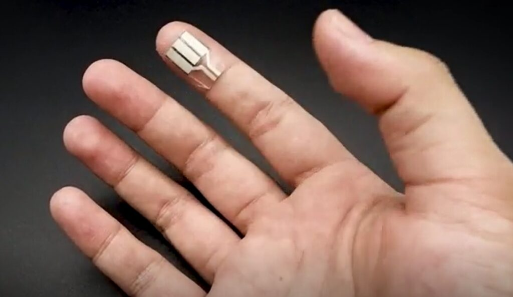 fingertip device